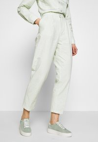 Obey Clothing - HELM PLEATED PANT - Trousers - seafoam - 0