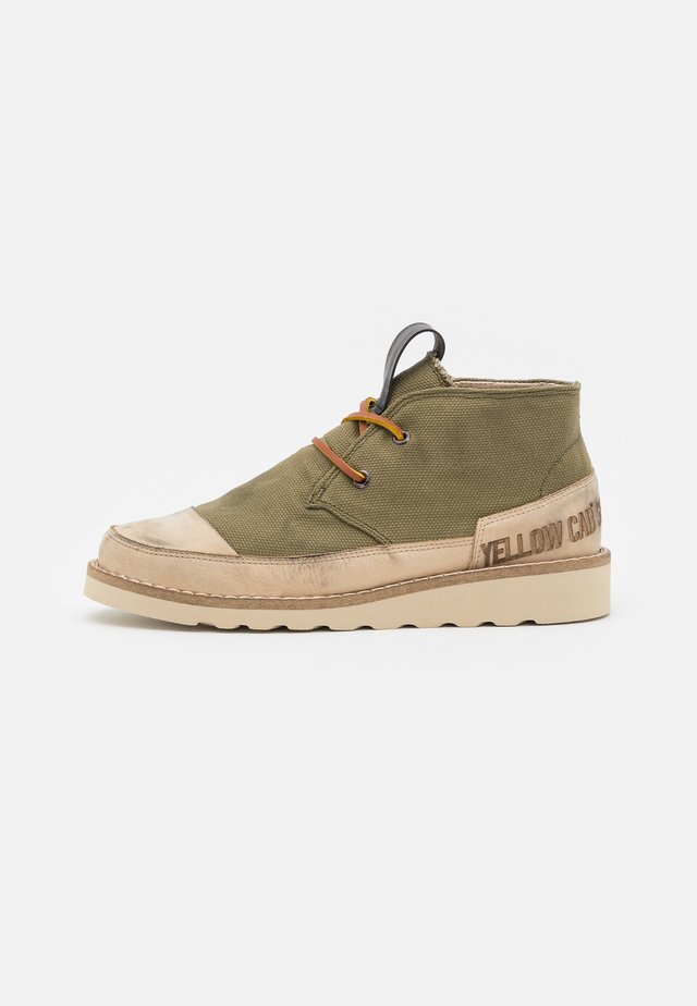 WINGS - Chaussures à lacets - green