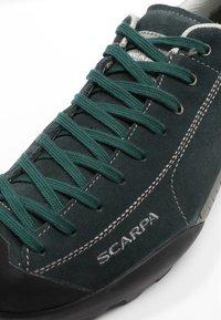 Scarpa - MOJITO GTX - Hiking shoes - jungle green - 5