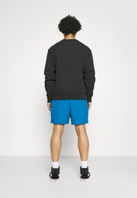 adidas Originals - BASICS CREWNECK UNISEX - Sweatshirt - black - 2