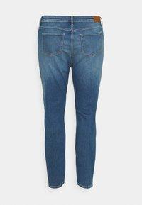 Tommy Hilfiger Curve - FLEX HARLEM - Slim fit jeans - izzy - 7