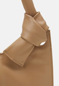 Little Liffner - KNOT EVENING BAG - Handbag - beige - 5