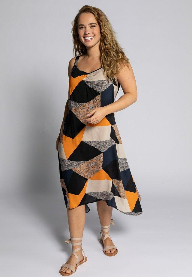 Korte jurk - orange, grey, beige
