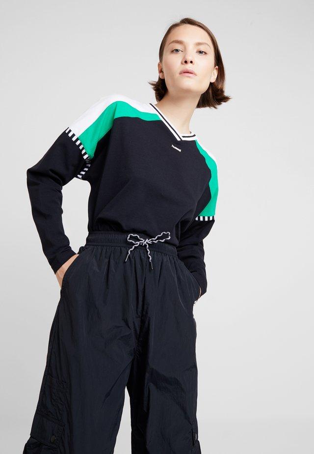 CATE - Long sleeved top - black