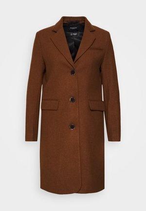 SLFELINA - Short coat - dachshund