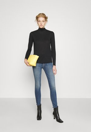 HIGH WAISTED LOOKER ANKLE FRAY - Jeansy Skinny Fit - walking on coals