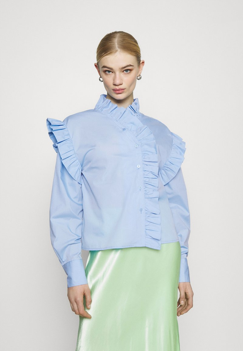 Gina Tricot - DINAH FRILL BLOUSE - Button-down blouse - blue bell