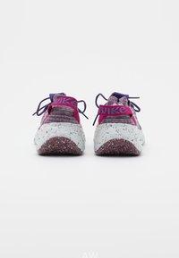 Nike Sportswear - SPACE HIPPIE - Trainers - cactus flower/photon dust/gravity purple - 3