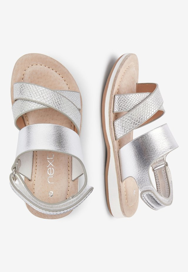 SILVER CROSS STRAP SANDALS (YOUNGER) - Sandali - silver
