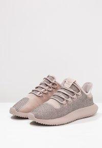 adidas Originals - TUBULAR SHADOW - Trainers - vapour grey/raw pink - 2
