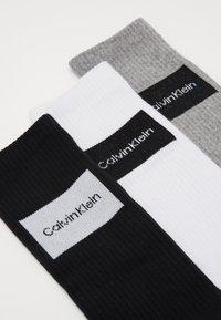 Calvin Klein Underwear - TRAVEL BAG 3 PACK - Ponožky - grey - 2