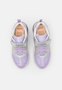Geox - Disney Frozen Elsa Anna GEOX JUNIOR SPACECLUB GIRL - Sneakers basse - lilac/silver - 3
