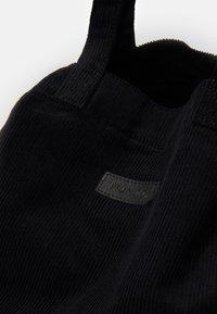 Núnoo - BIG TOTE - Tote bag - black - 5