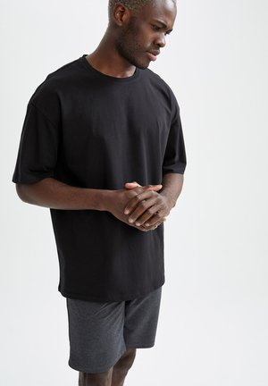 Basic tshirt and short set - Basic T-shirt - black