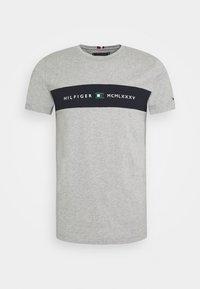 NEW LOGO TEE - Print T-shirt - medium grey heather