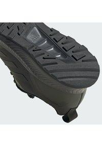 adidas Performance - RUNFALCON 2.0 TR - Neutrální běžecké boty - legear/cblack/gresix - 9
