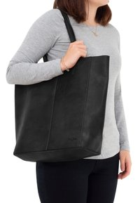 Gusti Leder - Shopping bag - black - 0