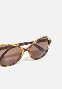 VOGUE Eyewear - Sunglasses - dark havana - 4