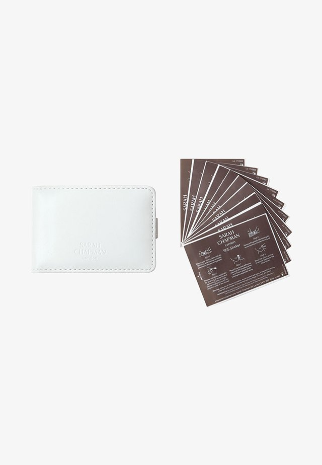 SPOT STICKER 20 PACK W/POUCH - Skincare tool - -