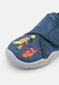 Superfit - BENNY - Slippers - blau - 5