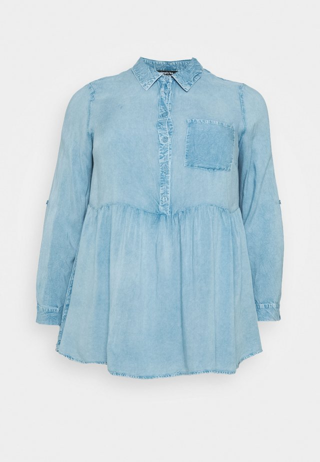 DIPPED BACK SHIRT - Camicetta - washed blue