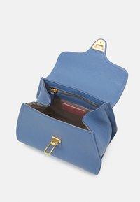 Coccinelle - MARVIN - Handbag - pacific blue - 3