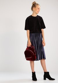 Urban Classics - SHORT KIMONO - T-shirt basic - black - 1