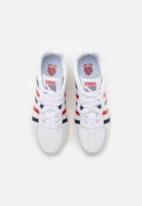 K-SWISS - WESTCOURT - Trainers - white/corporate/antique white - 3