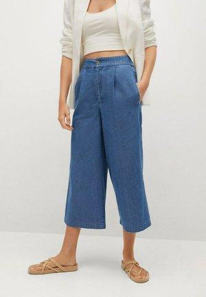 GAIA - Flared Jeans - bleu moyen
