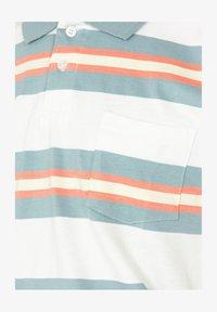 Roark - ONE EYED JACK - Polo shirt - white - 3