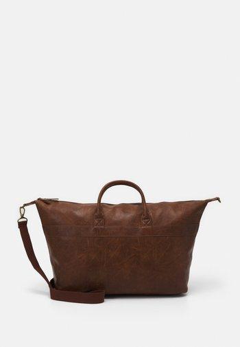 UNISEX - Weekend bag - brown