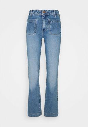 Jean flare - dusty mid