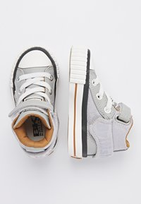 British Knights - ROCO - Baby shoes - lt grey/cognac - 1