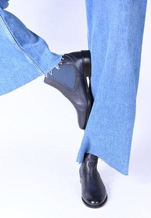 SUVI - Classic ankle boots - blau