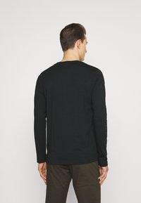 GANT - LOCK UP - Long sleeved top - black - 2
