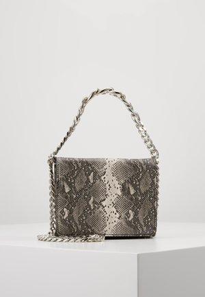 CRAVE CHAIN MINI - Handtasche - grey