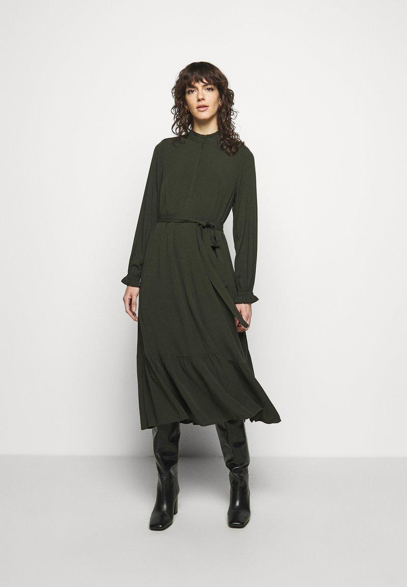 Bruuns Bazaar - NORI SICI DRESS - Shirt dress - green night