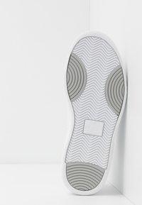 Puma - RALPH SAMPSON - Sneakersy niskie - white - 4