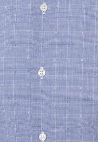 Tommy Hilfiger Tailored - DOBBY GLEN CHECK SLIM FIT - Shirt - navy/white - 2