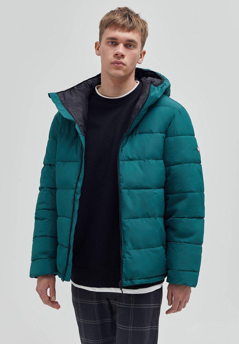 PULL&BEAR - Winter jacket - dark green