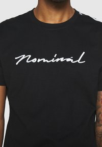 Nominal - RONNI TEE - Print T-shirt - black - 5