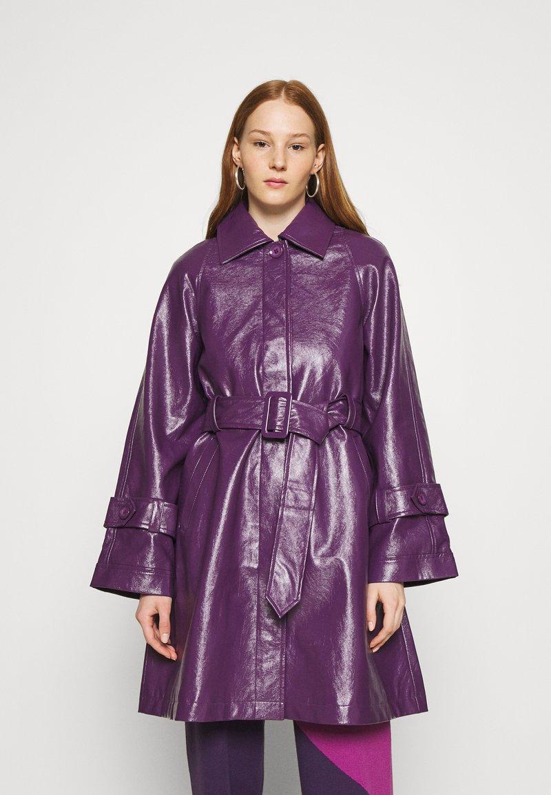 HOSBJERG - CORA TORI SHORT - Klassisk kåpe / frakk - purple