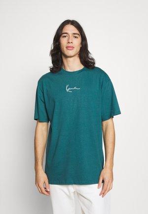 SMALL SIGNATURE ESSENTIAL TEE UNISEX - Basic T-shirt - petrol
