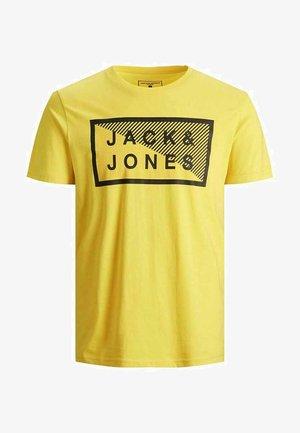 JCOSHAWN - Print T-shirt - yellow