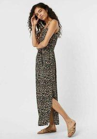 Vero Moda - Maxi dress - oatmeal - 3