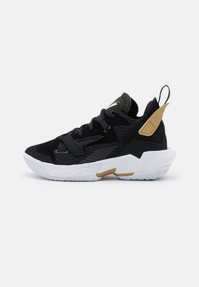 WHY NOT ZER0.4 BG UNISEX - Chaussures de basket - black/white/metallic gold
