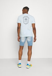 Good For Nothing - NON PAINT SHORT - Denim shorts - blue - 2