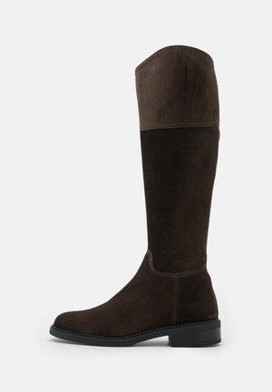 RIDINGBOOT - Støvler - moka