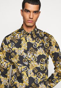 Versace Jeans Couture - PRINT LOGO NEW - Shirt - nero - 4