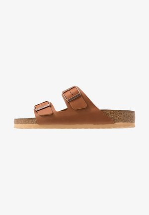 ARIZONA - Pantuflas - antique pull cognac